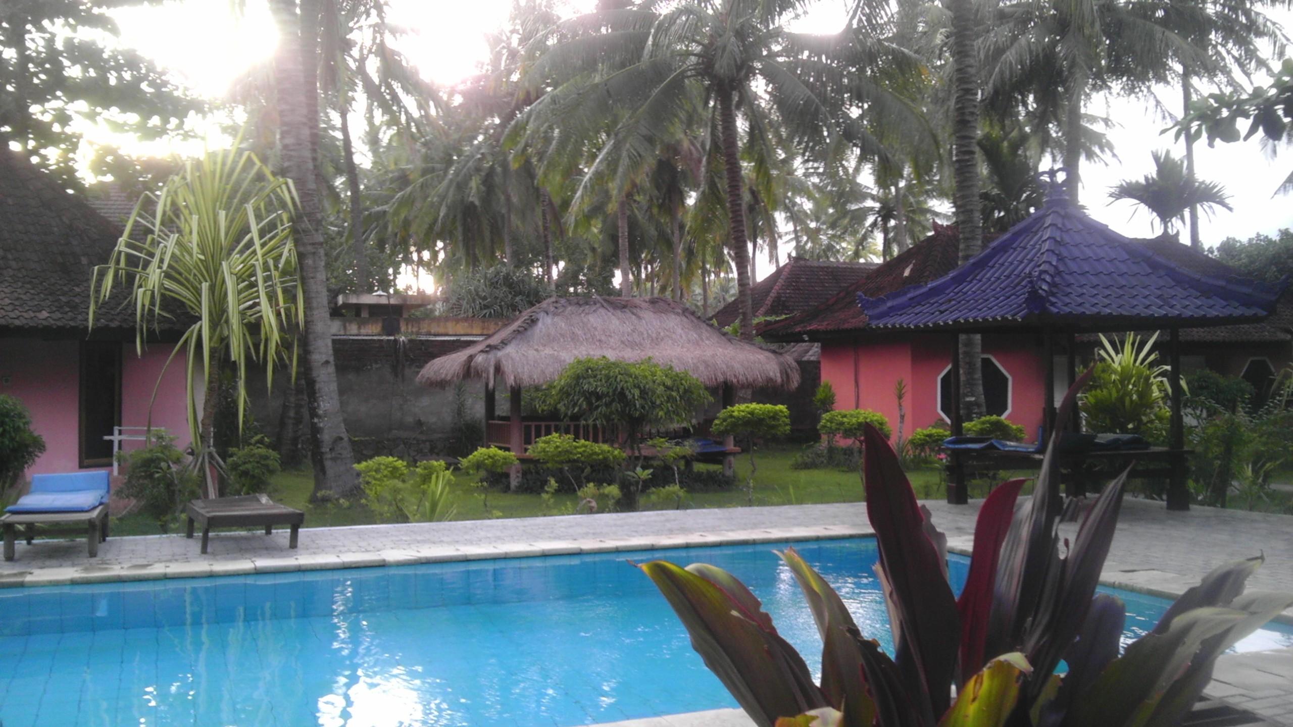 Surfer Inn - Kuta, Lombok